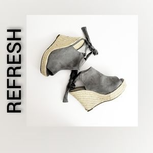 Refresh Wedge Heels Open Toe Gray Shoes Size 6.5